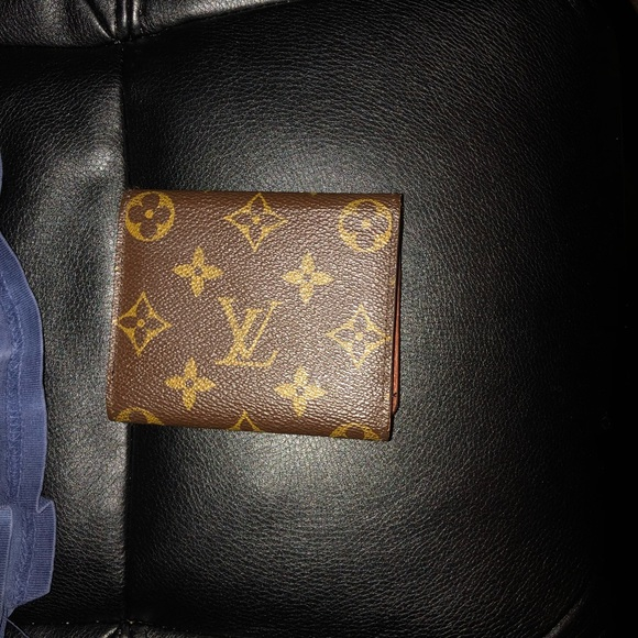 b2452e6db180 Louis Vuitton Other - Louis Vuitton card holder wallet